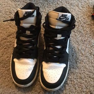 Jordan Shoes - Nike Air Jordan 1 Retro High OG Oreo Grade School b637c95ca